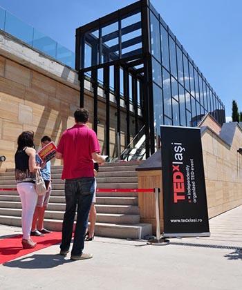 Creativii din marketing și publicitate se întâlnesc la TEDxIași, la Palas