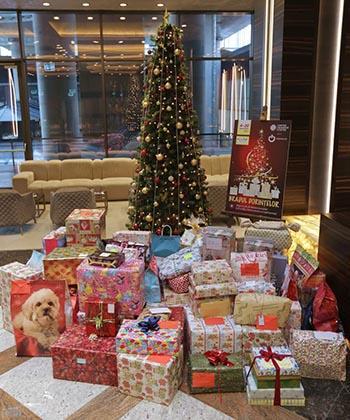 Dorinţele de Crăciun ale 150 de copii nevoiaşi, împlinite de angajaţii din clădirea UBC2 a ansamblului Openville Timişoara