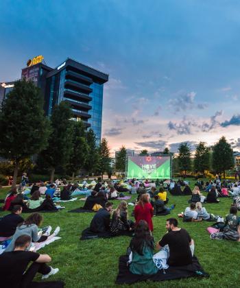 """""""Movie Nights"""" în aer liber, în fiecare week-end, în Iulius Parc"""