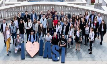 """300 de studenți au experimentat cum este să fii angajat în companiile din ansamblul Palas, în """"Săptămâna porților deschise la UBC"""""""