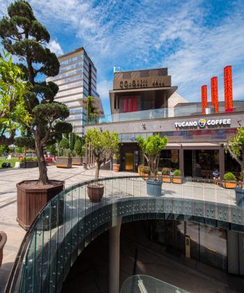 Compania IULIUS oferă gratuit spațiile din rețeaua sa națională de proiecte pentru organizarea evenimentelor educaționale și de business