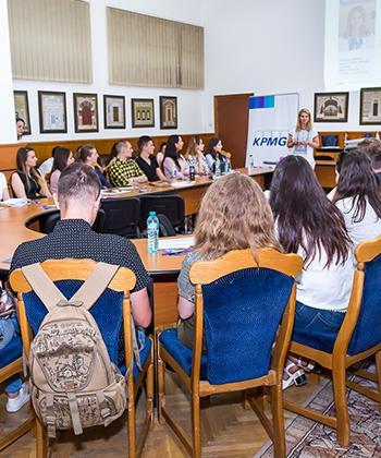 Trei evenimente care facilitează interacțiunea studenților cu angajatorii, în cadrul proiectului de promovare regională a Iașului