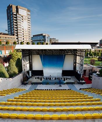Pe 8 septembrie se inaugurează Amfiteatrul Palas. Spectacole de excepție și actori îndrăgiți, în primul week-end de la deschidere